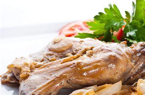cucinare coniglio alla ligure coniglio alla ligure l idea per cucinare la ricetta