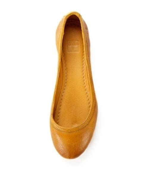 mustard colored flats flats color mostaza 2017