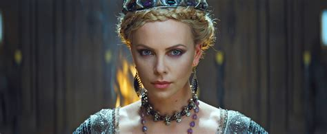 Snow White Hairstyle by Charlize Theron S Hairstyles In Snow White And The