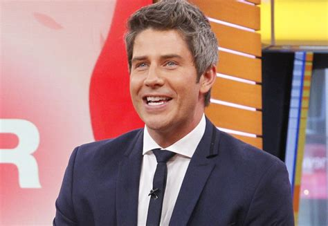 arie arie luyendyk jr s bachelor promo is here