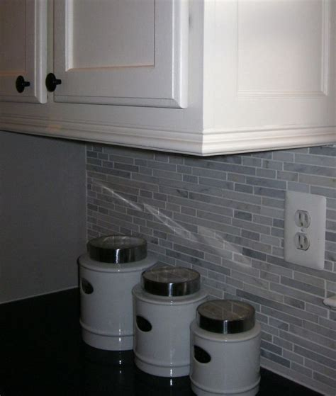 Kitchen Cabinet Molding by Best 25 Crown Molding Kitchen Ideas On