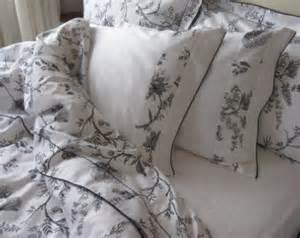 black and white elegant bedding sets 6 pcs queen size