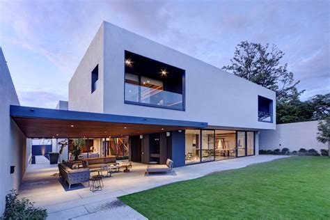 Steel Concrete And Stone Home With Central Courtyard Blue Modern Concrete House Plans