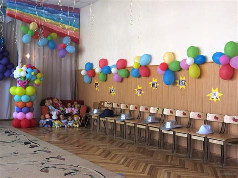 Decorating Small Bedroom Ideas wonderful balloon themed party with rainbow color of