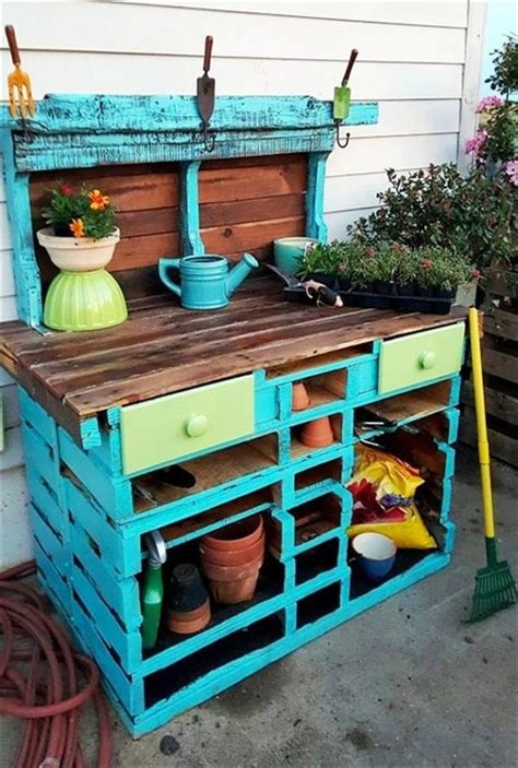Rabbit Hutch Plans Diy Recycled Pallet Potting Tables Ideas With Pallets