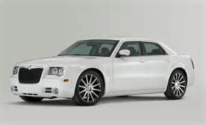 2010 Chrysler 300 Review Car And Driver