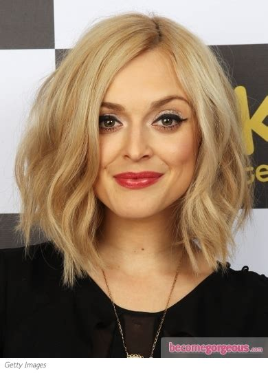 barely shoulder length hairstyles maddyson roam fashionista s delight fearne cotton wavy