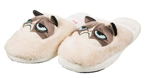 slippers for cats s grumpy cat slip on slippers