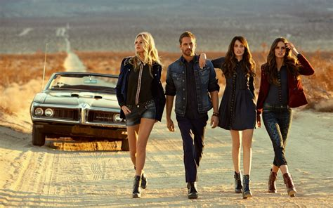 tattoo girl in fast and furious 7 paul walker with the girls from the movie fast and furious