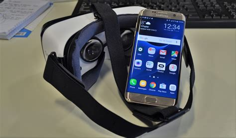 Gear Vr Samsung S7 samsung gear vr set up how to set it up with the galaxy s7 or s7 edge