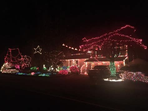 thrifty thurston drives a 2016 christmas light tour around