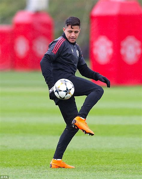 alexis sanchez off the ball movements paul pogba has outside chance of making man united vs