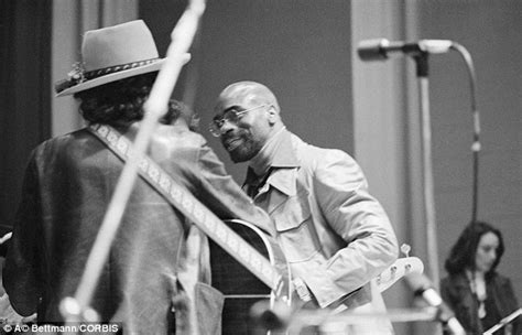 bob dylan faces jail after being charged with race hate crime rubin hurricane carter dead at 76 after battle with