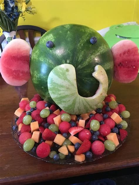 Baby Shower Fruit Tray by 1000 Ideas About Elephant Baby Showers On