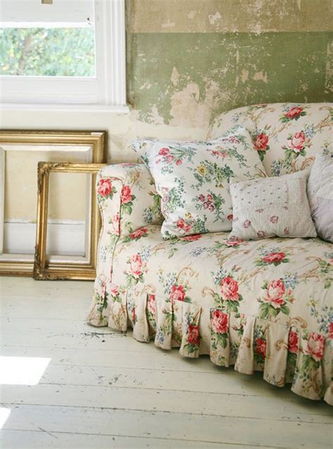 cottage style slipcovers 1000 images about french country shabby chic cottage