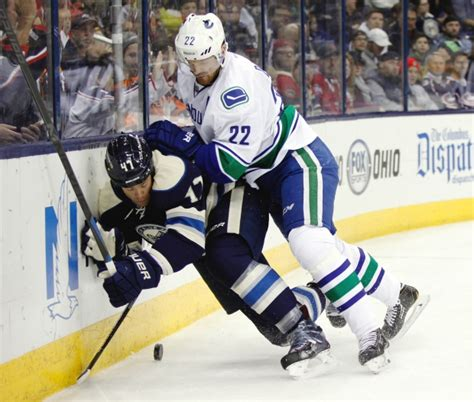 Background Check Columbus Ohio Canucks Grab Top Spot In Nhl With 5 0 Win Blue Jackets