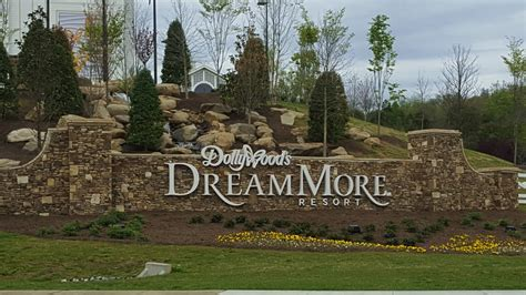 doll wood things to do at dollywood and in pigeon forge tn really