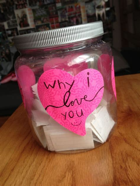 Perfect gift for your girlfriend/boyfriend: Fill up a jar