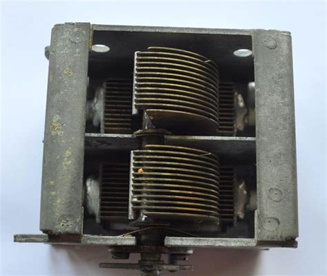 type of capacitor in radio vintage type radio tuning capacitor on popscreen