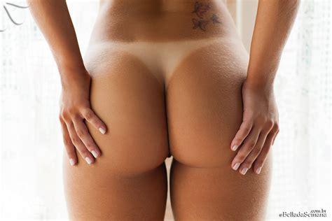 Amanda Sagaz Perfect Curves Foxhq