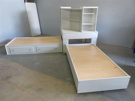 corner platform bed corner platform bed 28 images stuff your stuff