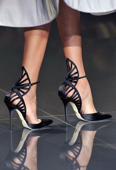styles chic designer heels    owned