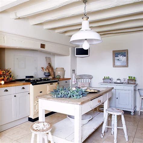 country kitchen ideas uk classic shaker kitchen country kitchen design ideas