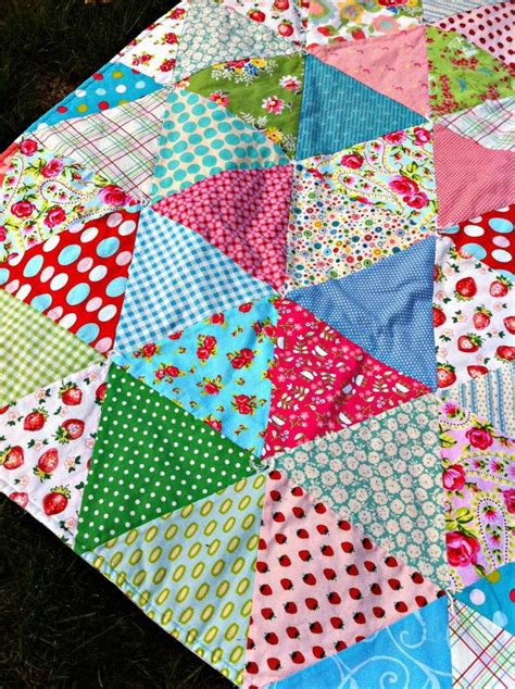 Triangle Patchwork Quilt Patterns - 120 best half squares and triangle quilts images on