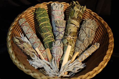 how to tell a s age smudging a how to tale