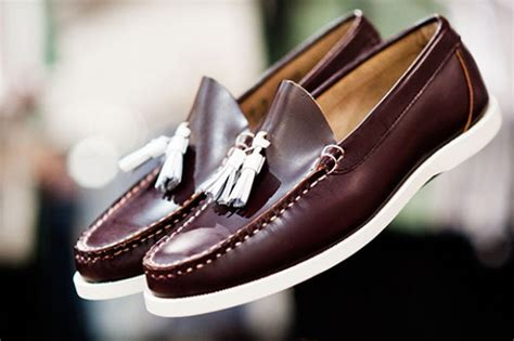 boat shoes with tassels men s fashion basics boat shoes deck shoes hommestyler