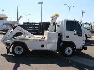 Isuzu Truck Wreckers Isuzu Npr Hd 2006 Isuzu Npr Hd Wrecker Tow Truck For