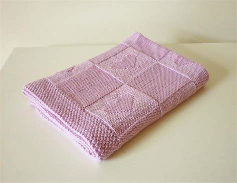 easy knitted baby blanket 10 easy to knit baby blankets loveknitting