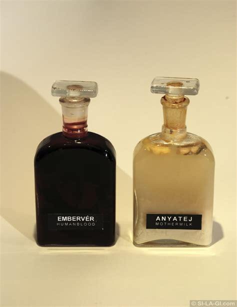 Acrylic Urinoir works 2000 2009 si la gi