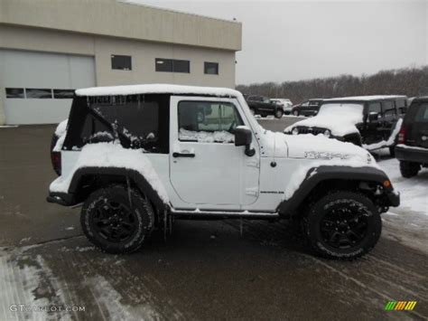 jeep moab edition 2013 bright white jeep wrangler moab edition 4x4 76804004