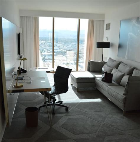 cheap 2 bedroom suites in miami beach best 25 2 bedroom suite miami beach 2 bedroom suite