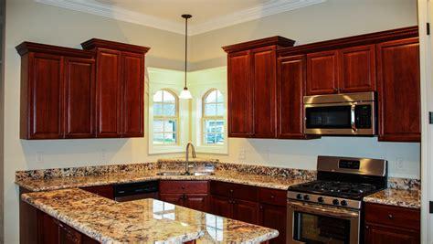 best deal kitchen cabinets cabinet kingdom best deals on kitchen cabinets in austin tx
