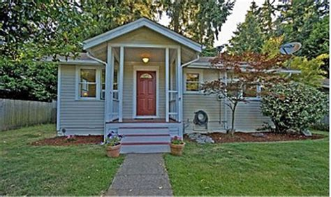 tiny houses for sale seattle for sale houses so tiny they re adorable crackerjack23