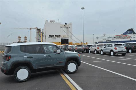lavoro porto civitavecchia civonline porto crescono traffici ed occupazione