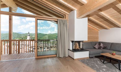 panorama kamin 30 chalet suite panorama mit kamin hotelmadonna