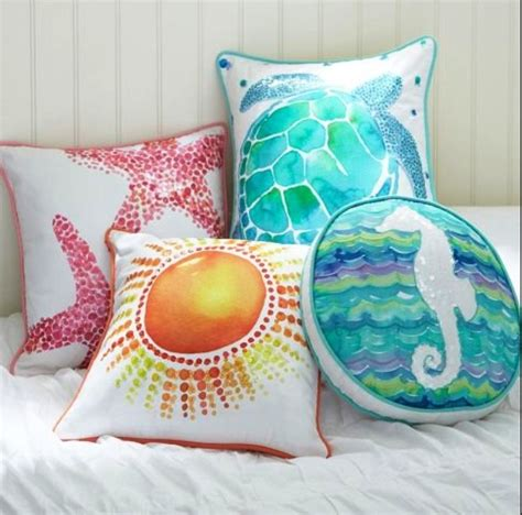 Beachy Decorative Pillows by Diy Decorative Pillows That Will Amaze You