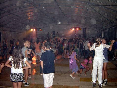 discoteca sabbie mobili airuno continua con successo la festa alpina e musica