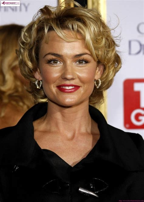 carlson shortest hairstyle kelly carlson short curly hair my style pinboard pinterest