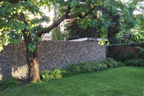 Mur En Cailloux by Mur En Cailloux Dans Grillage Les Gabions Murs De