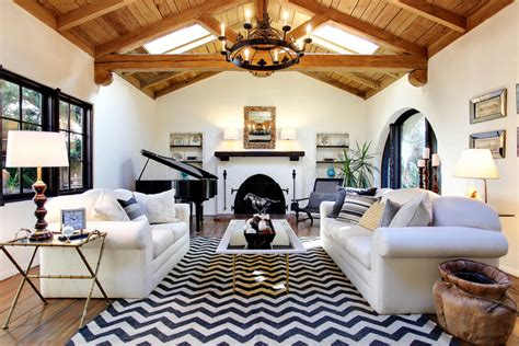 Chevron Rug Living Room by Astonishing Black And White Chevron Rug 5x8 Decorating