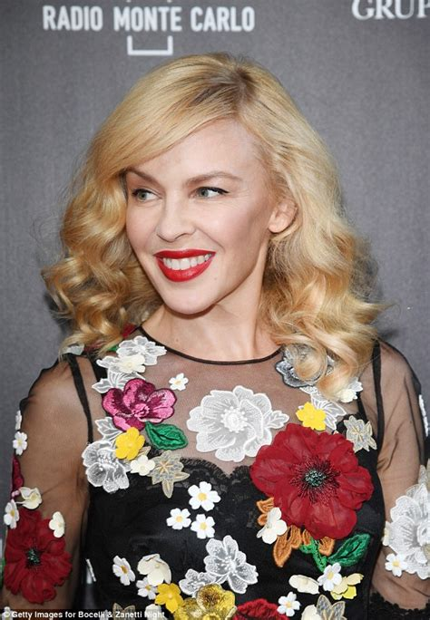 Minogues Looks Different by Minogue Looks Almost Unrecognisable At Milan Concert