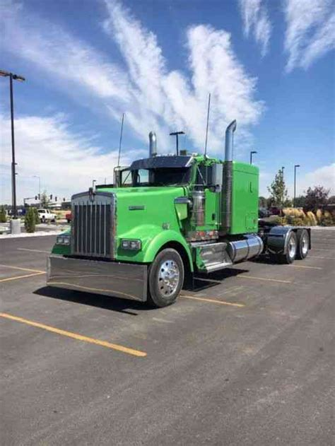 flat top kenworth trucks for sale kenworth 2009 daycab semi trucks