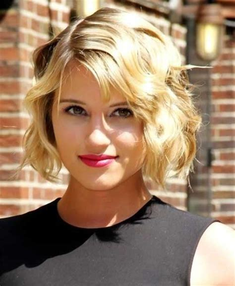 best haircuts curly hair round face 10 short wavy hairstyles for round faces short