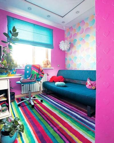 colorful interior design matching colors of wall paint wallpaper patterns and