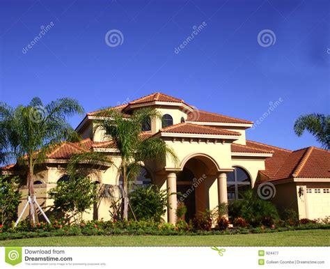 id馥 am駭agement bureau maison maison luxueuse dans les tropiques photographie stock