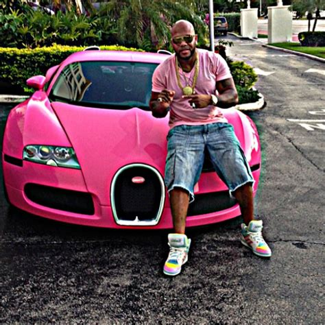flo rida turns his bugatti pink celebrity cars blog